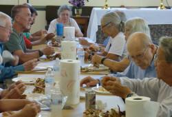 2016 parish picnic and crab feast 05